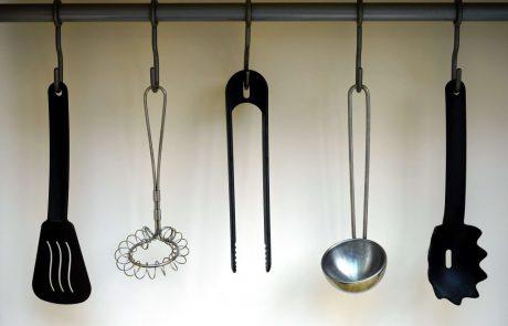 איך להבדיל בין כלי מטבח איכותיים ולא איכותיים